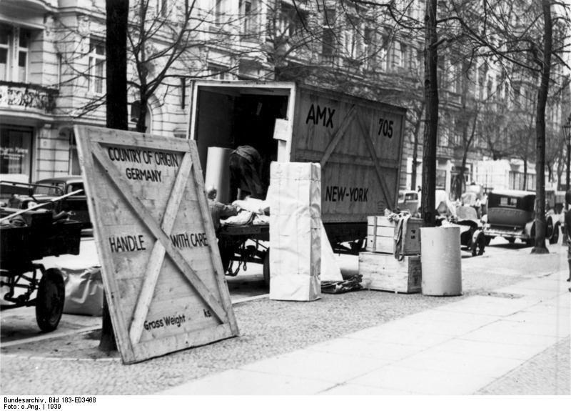 Bundesarchiv Bild 183-E03468, Berlin, Emigration von Juden, Umzugswagen