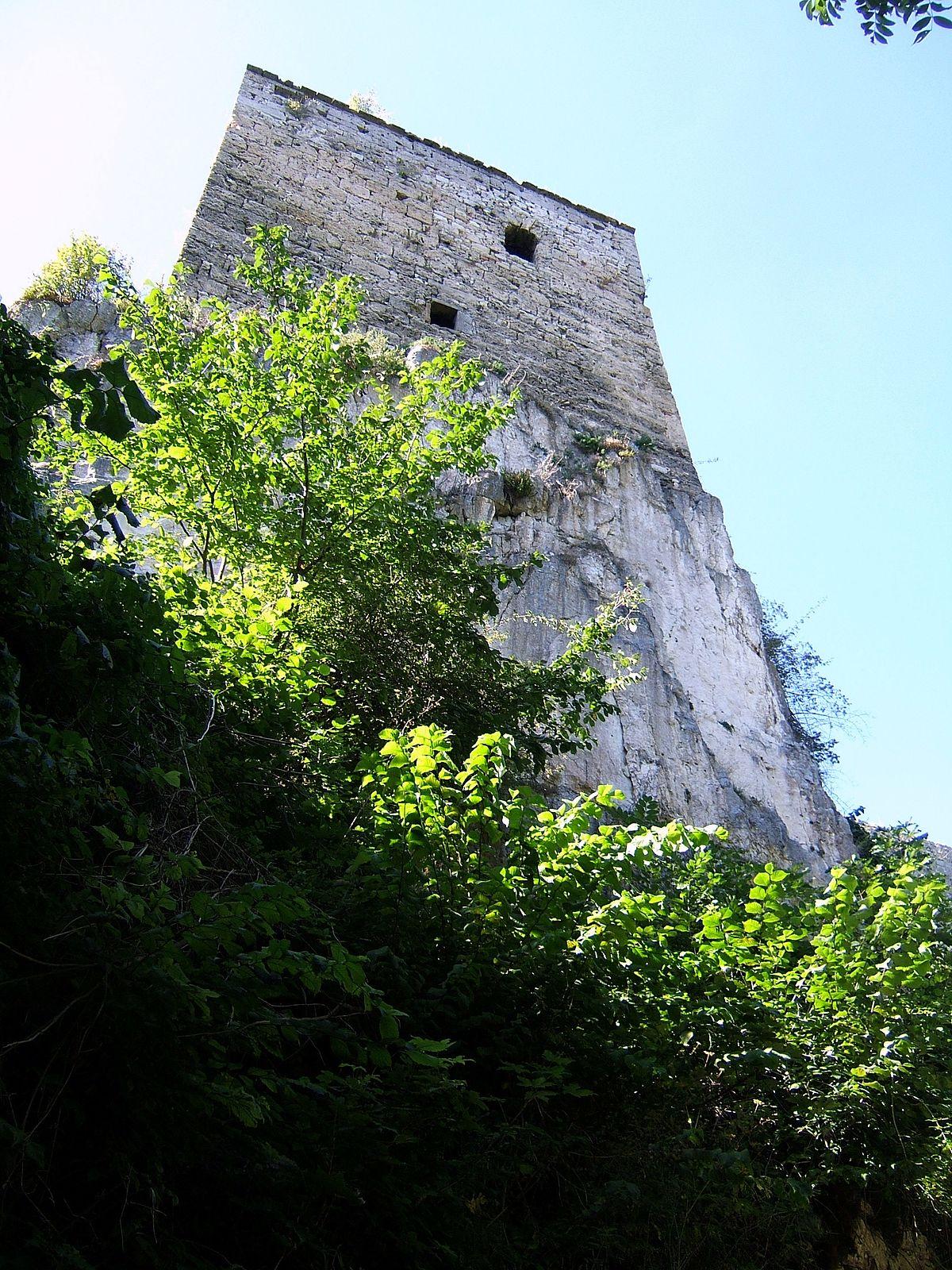 Fenster Starz Bad Urach : Burg Hohenurach  Wikimedia Commons
