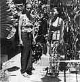 COLLECTIE TROPENMUSEUM Portret van twee vrouwen waarvan de linker vrouw tot de Brahmanenkaste behoort TMnr 20000008.jpg