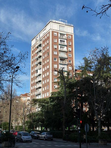 Archivo calle presidente carmona n 2 madrid jpg - H m calle orense madrid ...