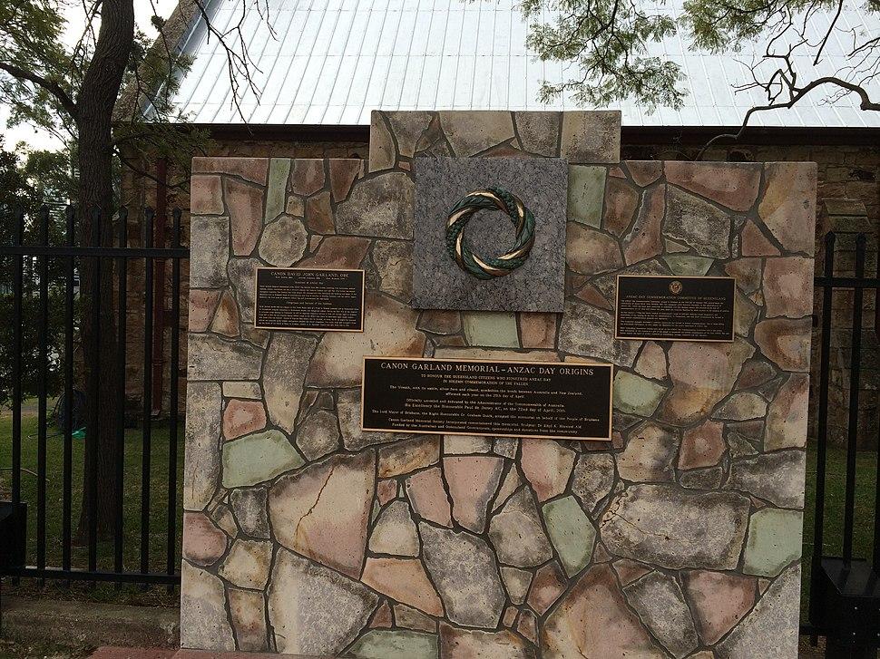 Canon Garland memorial, Kangaroo Point cliffs, 2016