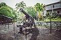 Canons de la maison des gouverneurs pamandzi Mayotte petite-terre.jpg