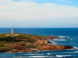 Cape Leeuwin - Cape Leeuwin and the Cape Leeuwin Lighthouse as seen from the north