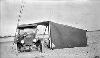 Lean-to - Lean-to made with car and tent