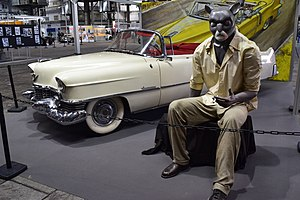 Cartoons on wheels. Cadillac Eldorado. Barcelona Comic Fair 2016.JPG