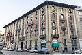 Casa Torniamenti via Enrico Petrella 14 Milano.jpg