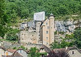 Castle of Larroque-Toirac 01.jpg