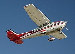 Cessna172-CatalinaTakeOff.JPG