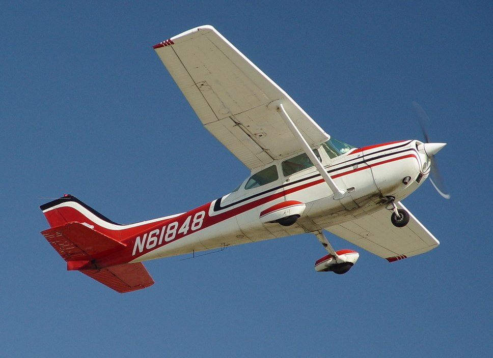 Cessna172-CatalinaTakeOff