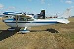 Cessna 182 (5720156544).jpg