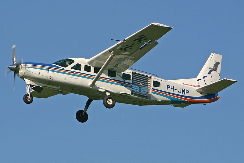 File:Cessna 208B Grand Caravan Private, EHTE Deventer-Teuge, Netherlands PP1173686052.jpg
