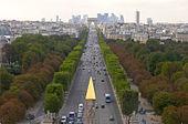 Champs-Elys%C3%A9es%2C vue de la Concorde %C3%A0 l%27Etoile