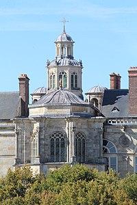 Chapelle St Saturnin Château Fontainebleau 3.jpg