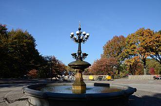 Cherry Hill (Central Park) - Cherry Hill Fountain, Central Park