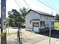 Choushiguchi-Station-waiting room.jpg