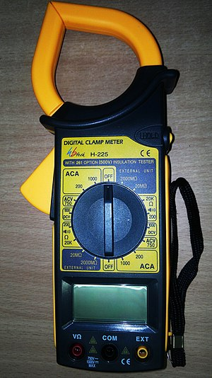 Current clamp - A digital clamp meter