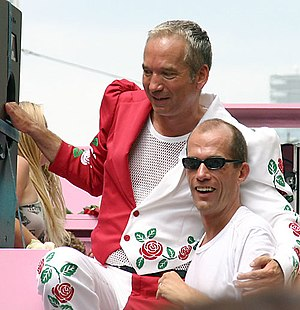 Georg Uecker - Georg Uecker (right) with Claus Vinçon by Christopher Street Day in Cologne 2005