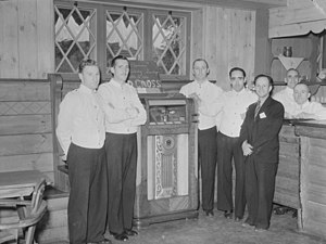 Sainte-Marguerite-du-Lac-Masson, Quebec - Jukebox in the Alpine Inn, 1942