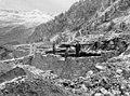 Construcció del refugi de la Renclusa al massís de la MAladeta (cropped).jpeg