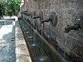 Cosenza Fontana dei tredici canali - panoramio.jpg