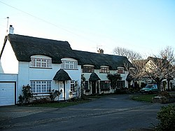 Cottages at Winterton-on-Sea - geograph.org.uk - 388150.jpg