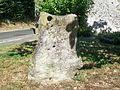 Courdimanche (95), vieux village, petite pierre levée, rue Vieille Saint-Martin.jpg