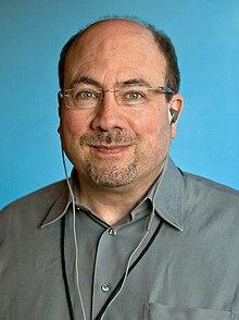 Craig Newmark, 2011 (beschnitten).jpg