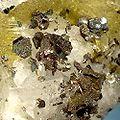 Cubanite-Pyrrhotite-Siderite-182958.jpg