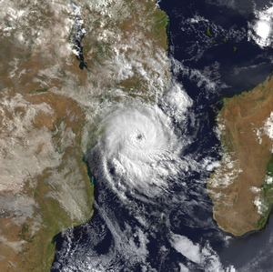 Cyclone Hudah - Cyclone Hudah reforming in the Mozambique Channel on April 7