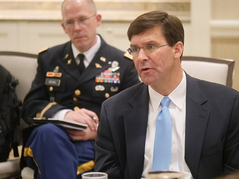 File:Defense Writers Group Breakfast with Secretary of the Army Dr. Mark T. Esper (42536639110).jpg