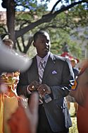 A picture of Desmond Howard wearing a suit.