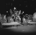 Dizzy Man's Band - TopPop 1974 06.png