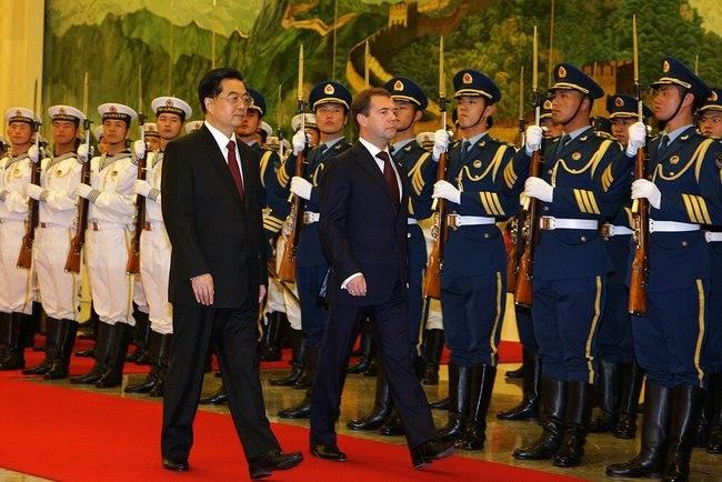 Dmitry Medvedev in China 27 September 2010-1.jpeg