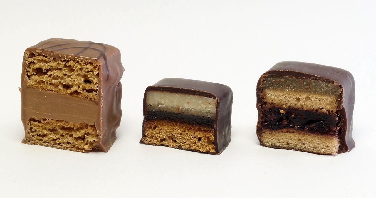 German Chocilate Cream Fillung Cake