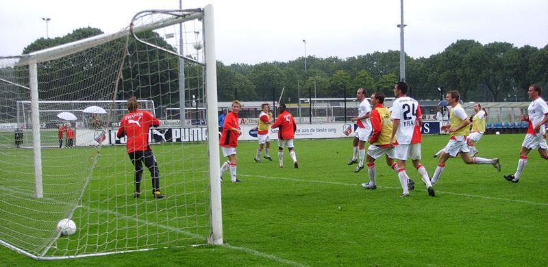 File:Eerste training FC Utrecht 4.jpg