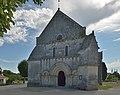 Eglise Saint-Pierre Ecurat 2013 bis.JPG