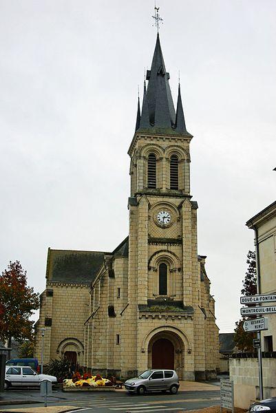 Eglise de Bagneux en Maine et Loire .