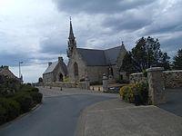 Eglise Trélévern.JPG