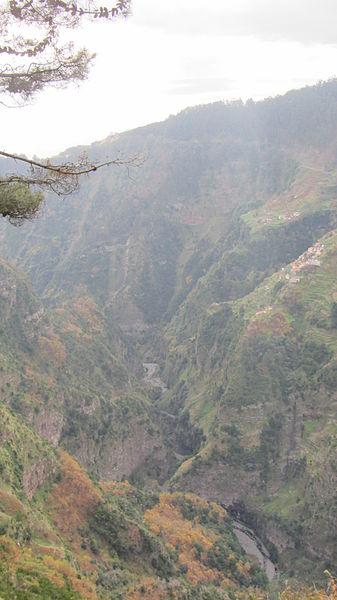 File:Eira do Serrado, Madeira - Jan 2012 - 01.jpg