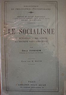a comparison of the views of karl marx and max weber on social classes Marx and weber: critics of capitalism a comparison between the spirit of capitalism and economic traditionalism karl löwith, max weber and karl marx.