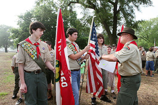 FEMA - 44431 - Boy scouts Place Flags at Tennesse National Memorial Cemetery