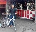 Fahrradhändler Hassan.jpg