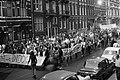 Fakkeloptocht tegen Amerikanen in Indo China van jongeren in Amsterdam demonstr, Bestanddeelnr 923-5769.jpg