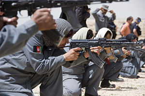Female Afghan police officers qualification 2010.jpg