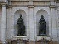 Ferdinandus Rex - Elisabeth Regina, estàtues de la font de l'edifici històric de la Universitat de València, la Nau.JPG