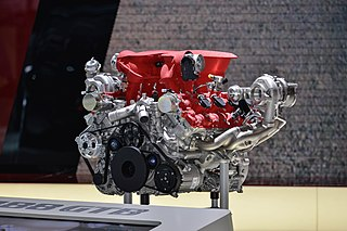 V8 biturbo engine family