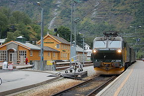 Flåmsbana train at Flåm Station.jpg