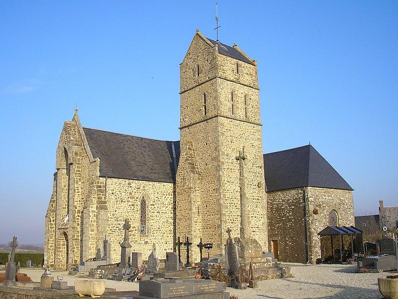 Montaigu-les-Bois (Normandie, France). L'église Saint-Martin de Montaigu.