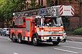 Frankfurt am Main- Gutleutstraße- auf der Höhe der Gutleutkaserne- Drehleiter der Feuerwehr Frankfurt am Main 16.6.2012.JPG