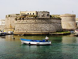Gallipoli - Castello Aragonese.jpg